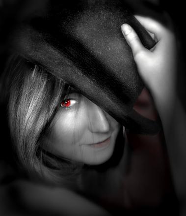 vampire-girl-1528071